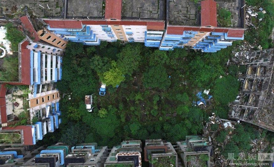 Sichuan earthquake, 2008 sichuan earthquake, wenchuan earthquake, beichuan, beichuan earthquake, photographer Chen Jie, Qiang minority group, China,