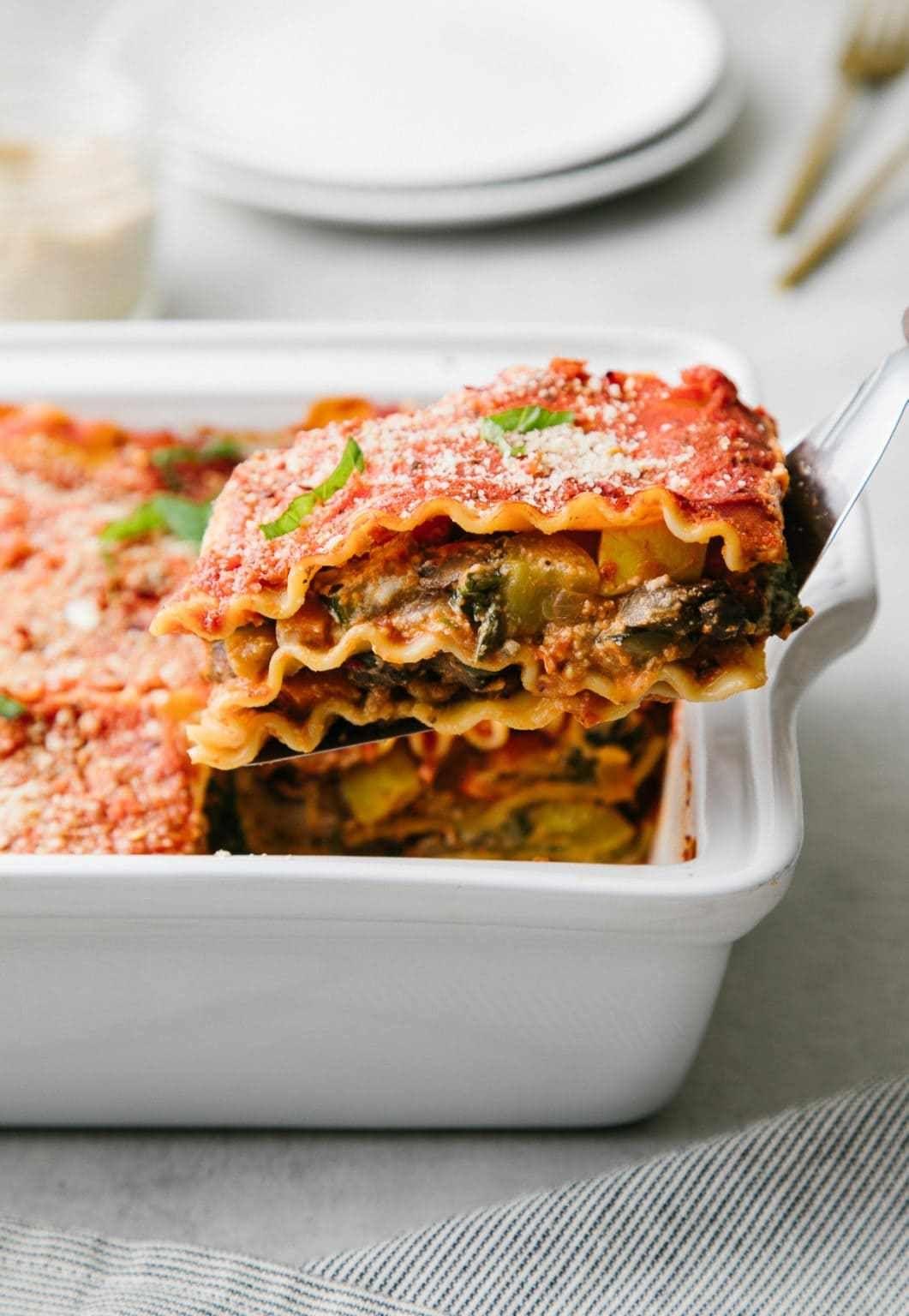 The Ultimate Vegetable Vegan Lasagna The Simple Veganista In 2020 Vegan Lasagna Recipe Easy Lasagna Recipe Vegetable Lasagna Recipes