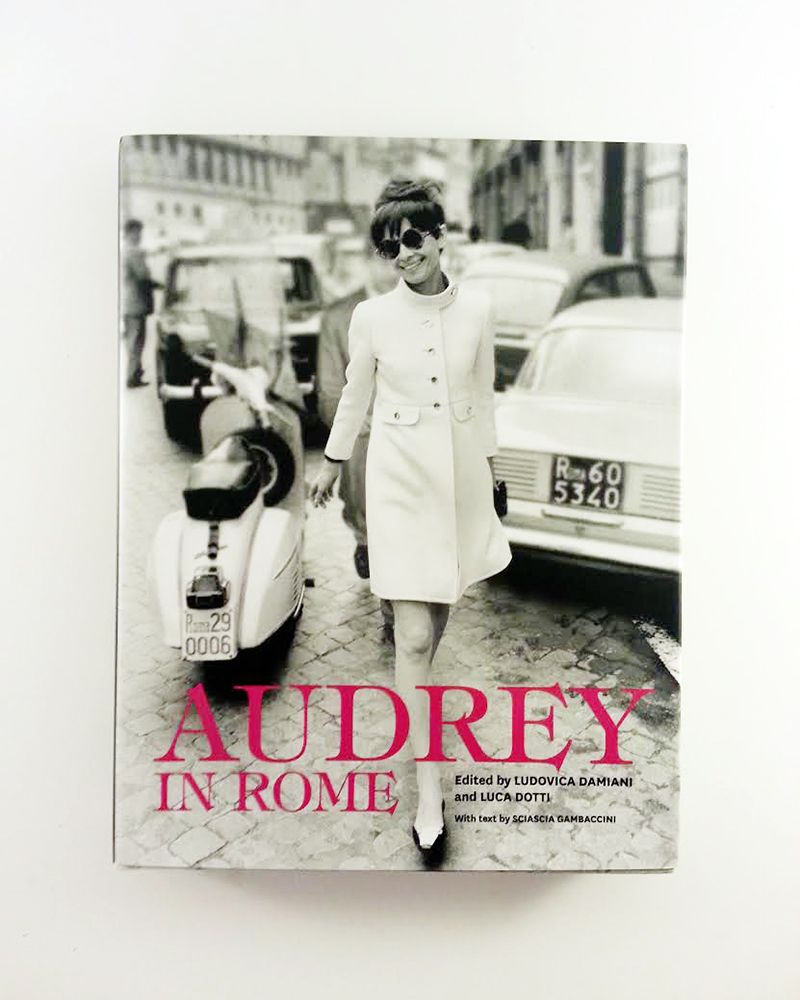 12 Days Of Christmas Gifts For Girlfriend: Rare Audrey Hepburn's 12 Days Of Christmas Gift Giveaway