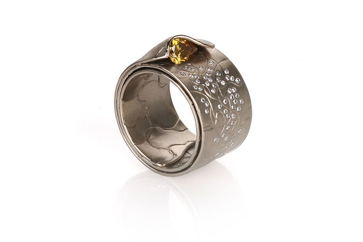 Ring | Norbert Muerrle. 'Récrolie' 750 Champagne gold, with diamonds.  The designer custom creates each ring according to your specifications.  His web site is:  http://kokabe.com