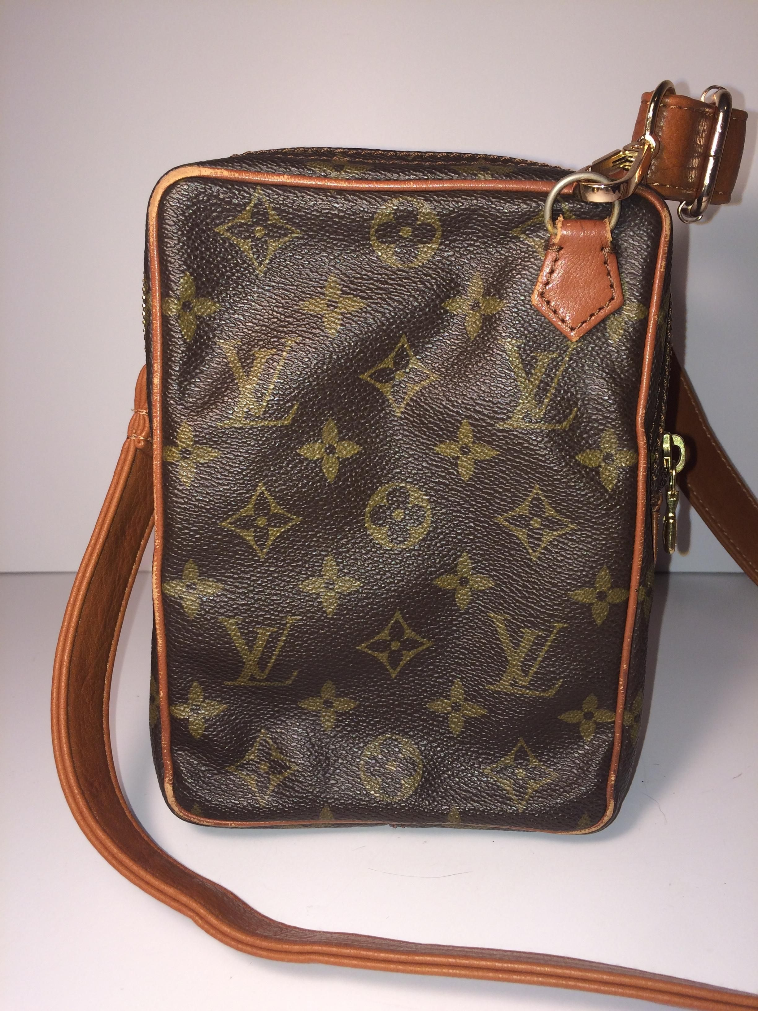 15ba8d3b4ca3 Louis Vuitton Mini Amazon 862 With Leather Strap And Free Charm Brown  Monogram Cross Body Bag