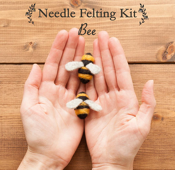 Needle Felting Kit - Beginner - Makes at Least 2 Bees - DIY Kit - Gift for Beekeeper - Christmas - Apiarist - Complete Kit - Craft Kit