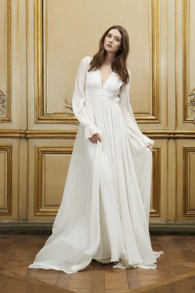 Belle robe longue avec manche