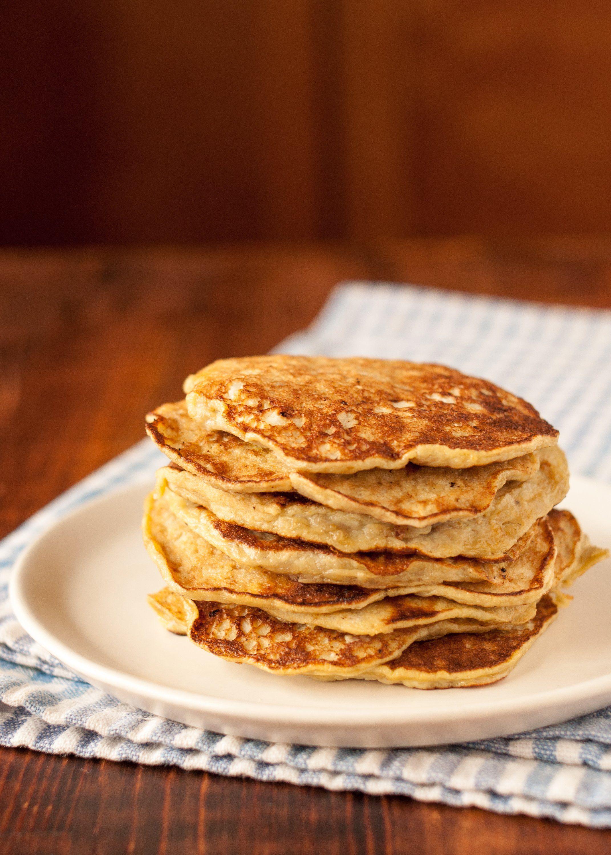 How To Make 2 Ingredient Banana Pancakes Recipe Banana Pancakes Banana And Egg Food