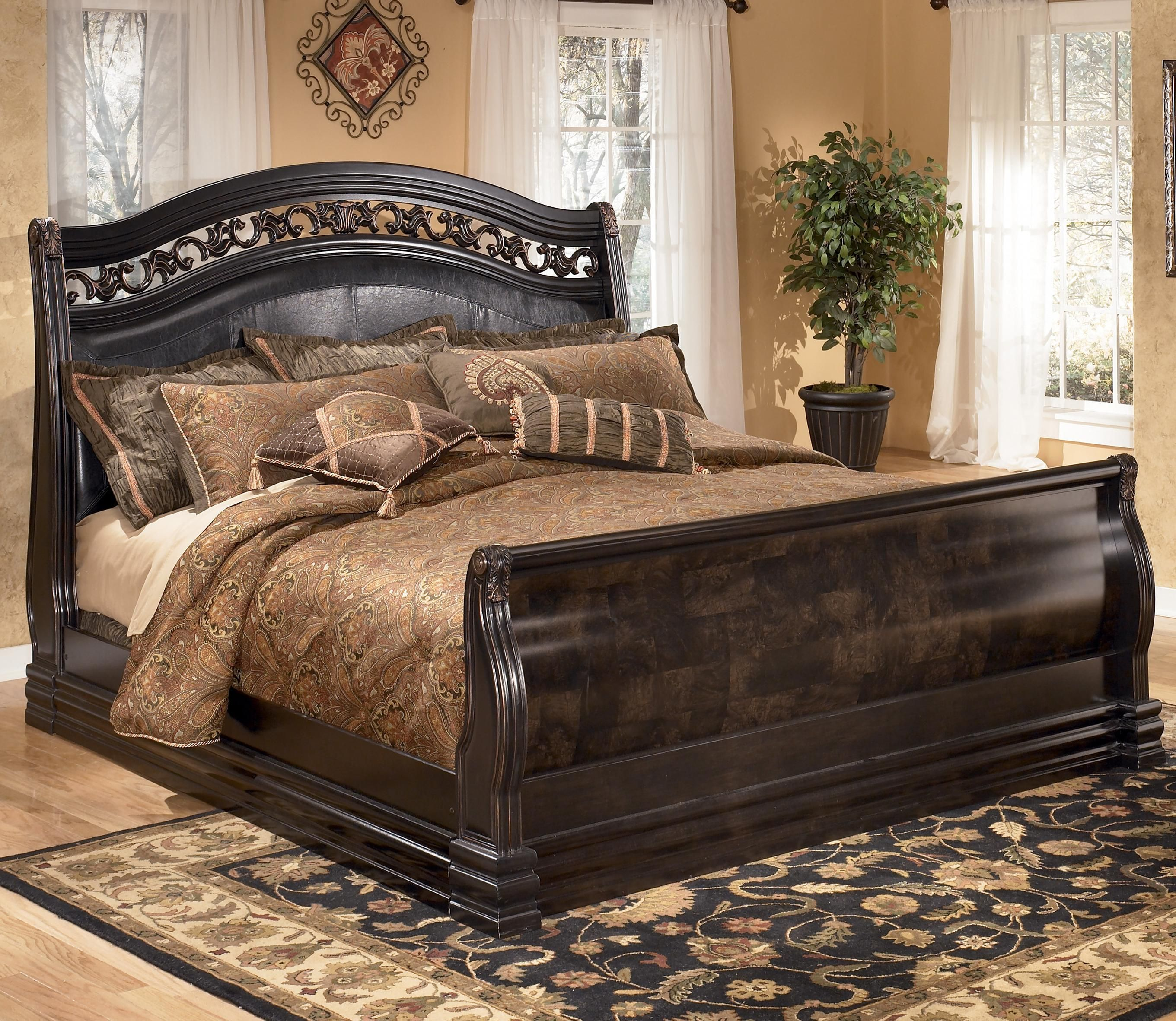 Suzannah Queen Sleigh Bed With Large Moulding By Signature Design By Ashley    Gardiners Furniture