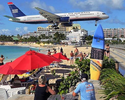 Sunset Beach Bar St Maarten Caribbean Beach Bars Maho Beach St Maarten Beaches In The World Beach