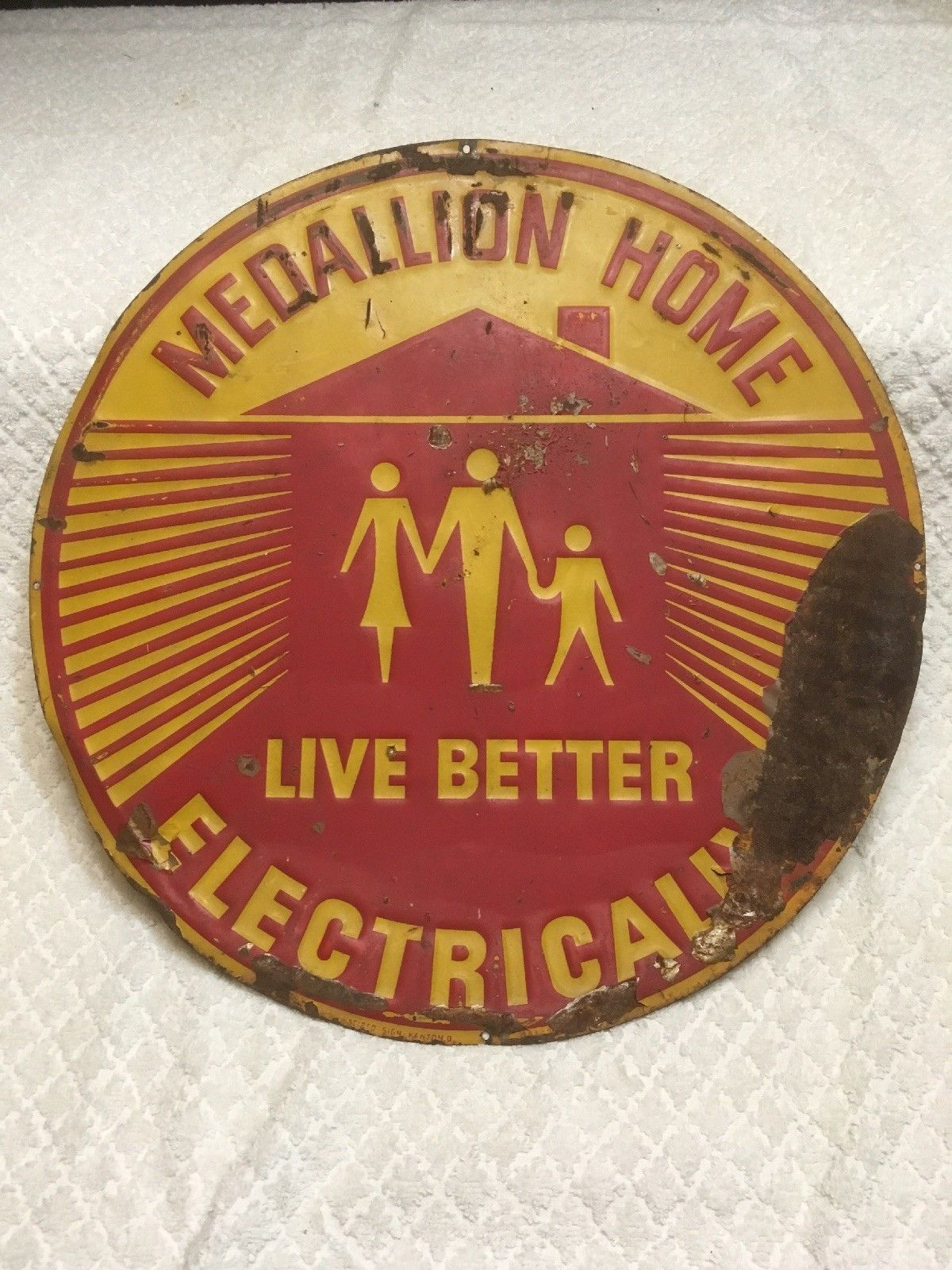 1950s medallion home live better electrically vintage painted steel tin sign ebay [ 1200 x 1600 Pixel ]