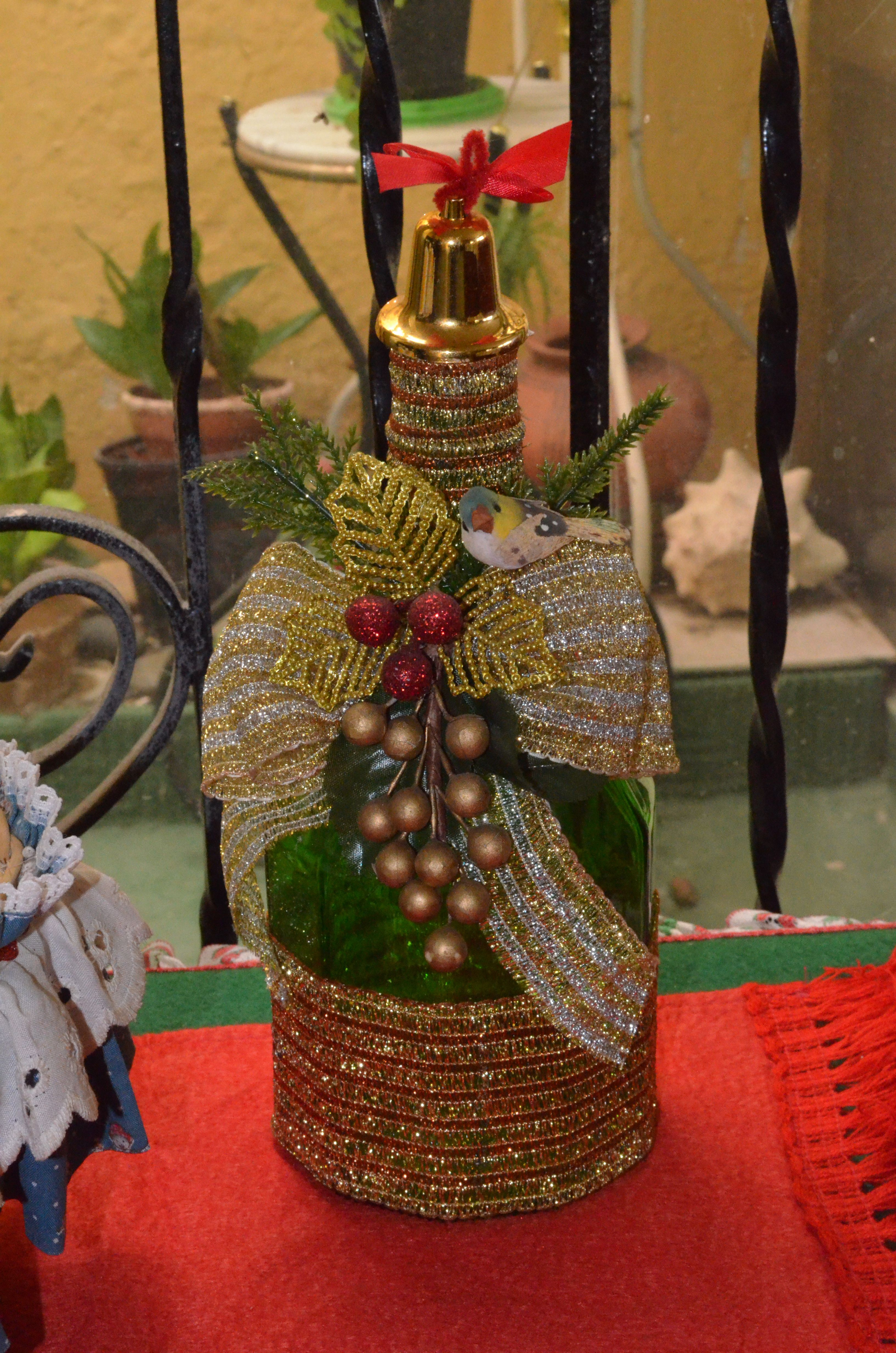 Botellas navide as botellas garrafas tarros pinterest - Botellas de vino decoradas para navidad ...