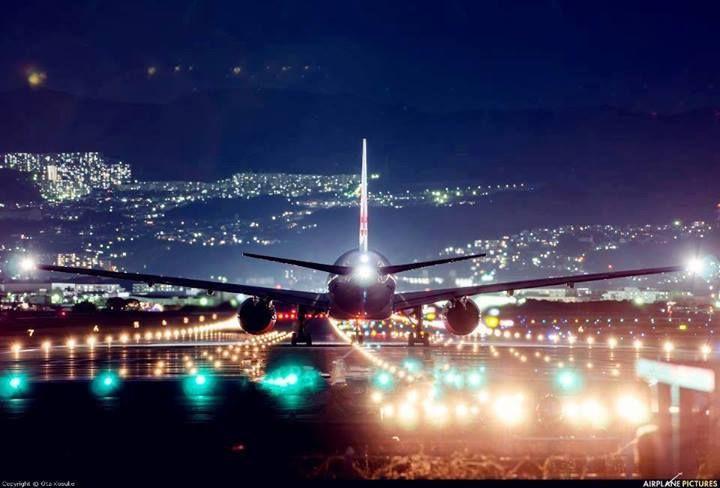 Night Flight Cairo Airport 航空写真