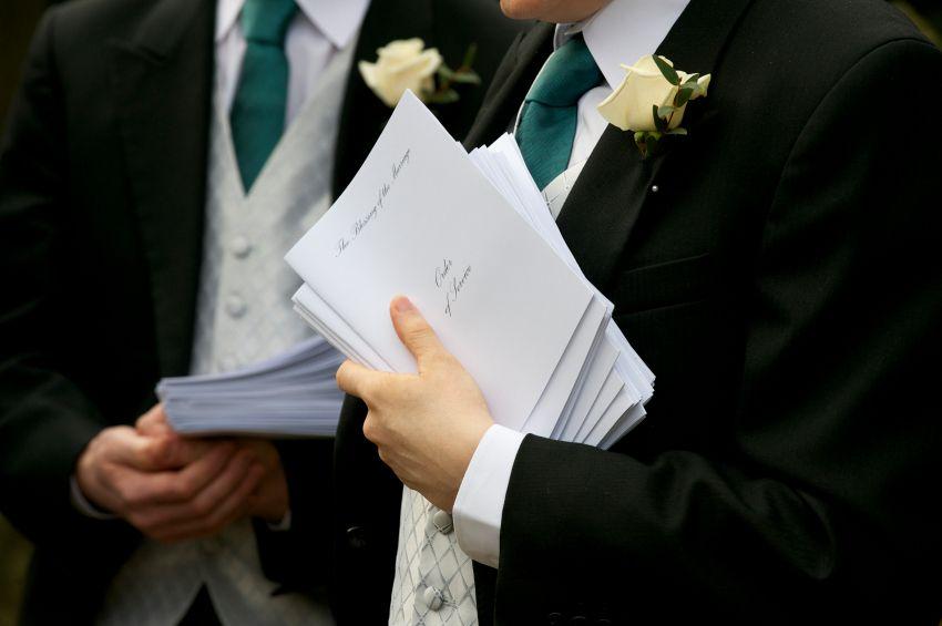 How To Be A Wedding Usher Wedding Programs Wedding Ushers Catholic Wedding