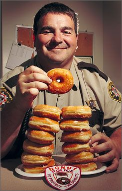 American Police Men Are Addicted To Donuts In 50 Of The Movies