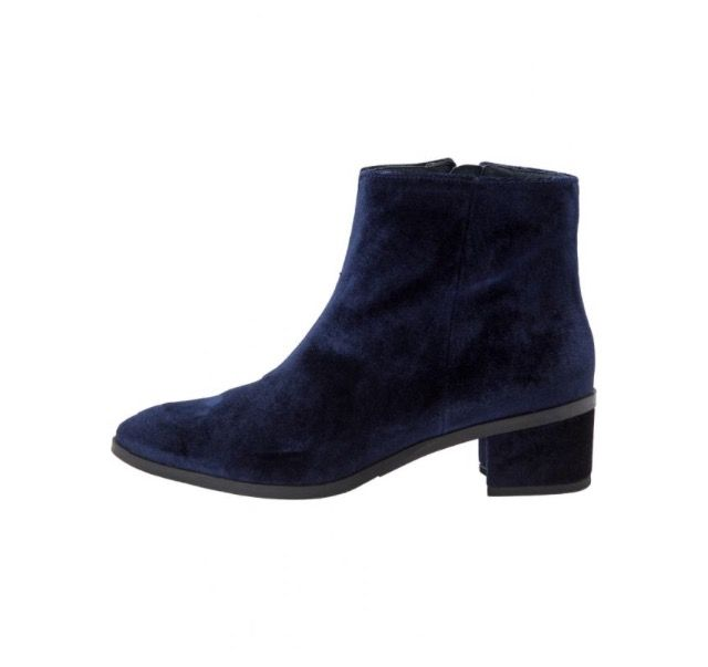 Bianco x Trine's Wardrobe - Velour Ankle Boot