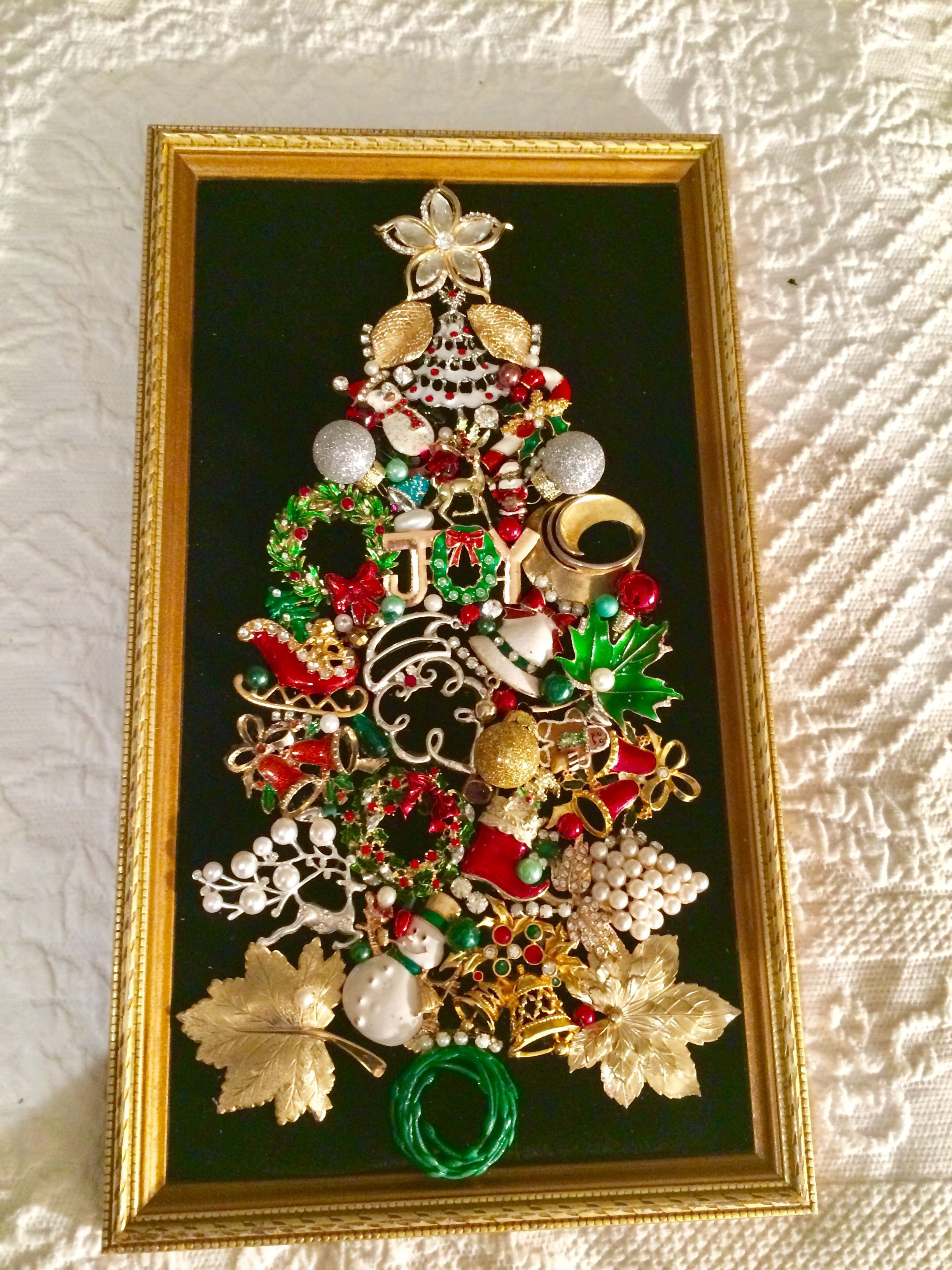 "Merry Little Christmas"" vintage jewelry brooch framed Christmas tree"