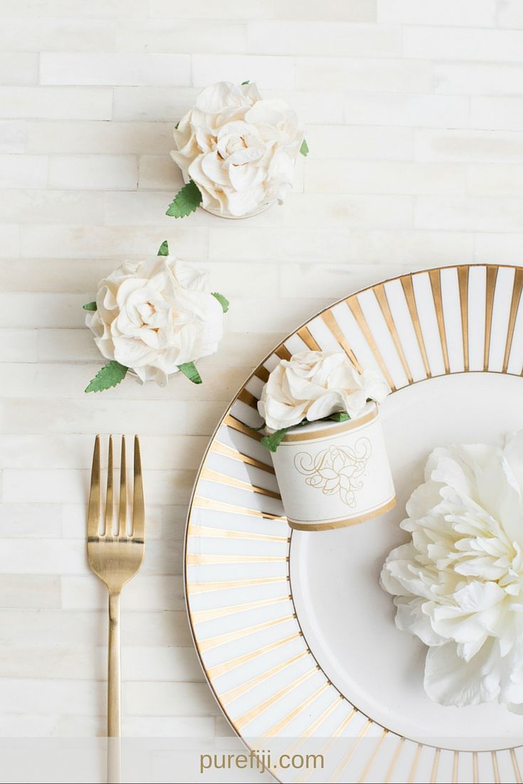 Your guests will obsess over these mini body butter wedding favors ...