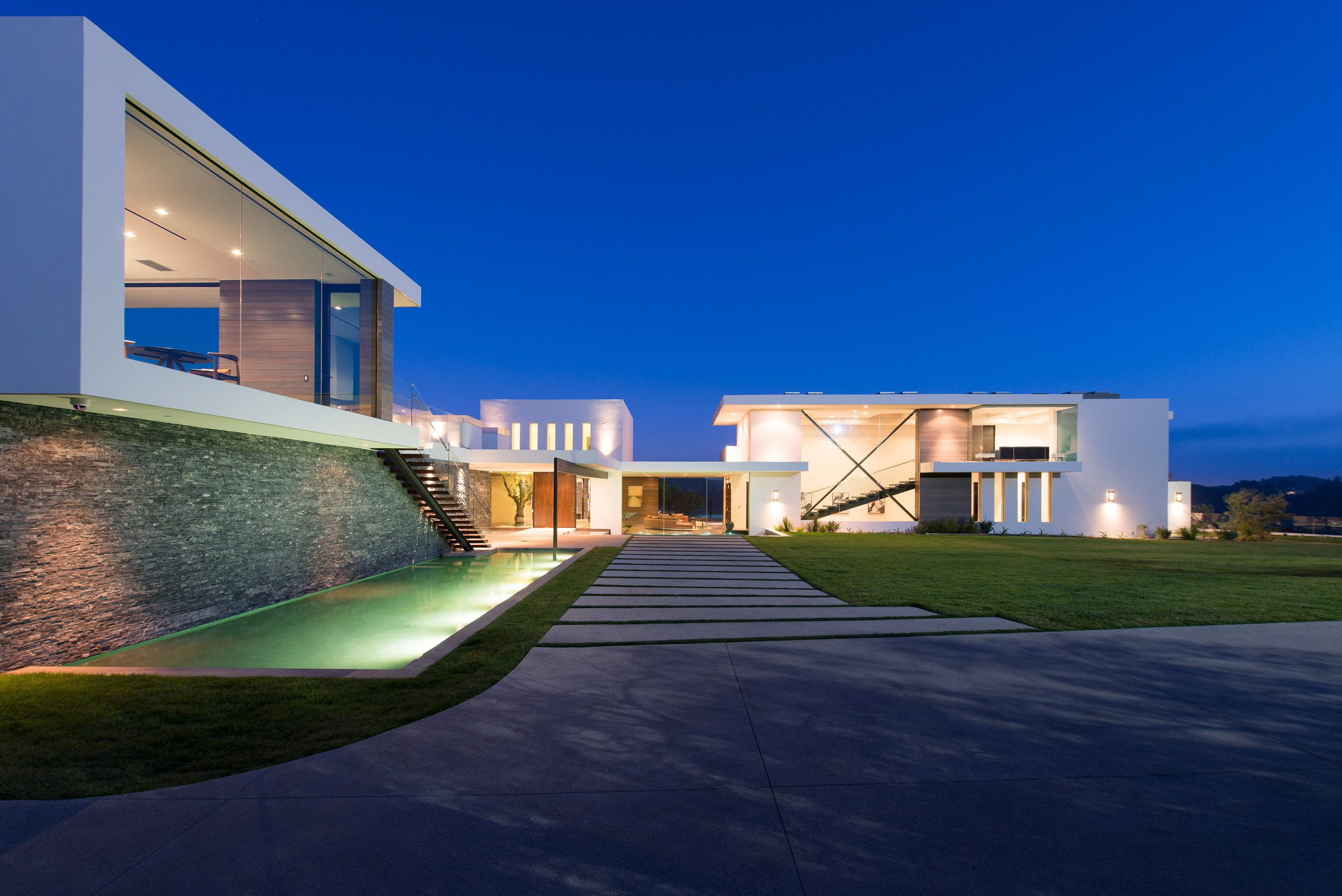 Modern contemporary homes contemporary architecture interior architecture white mansion modern buildings
