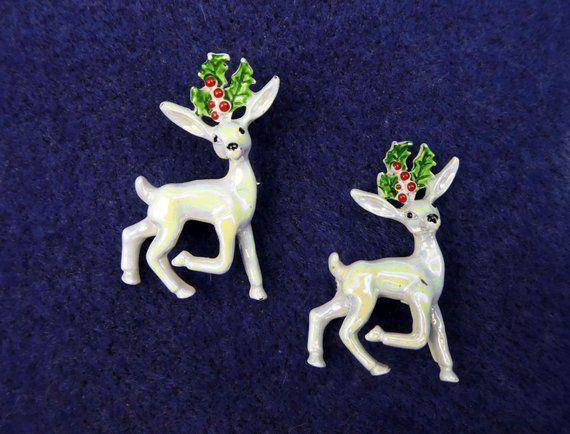 White Reindeer Scatter Pins, Vintage GERRY\u0027S Christmas Jewelry