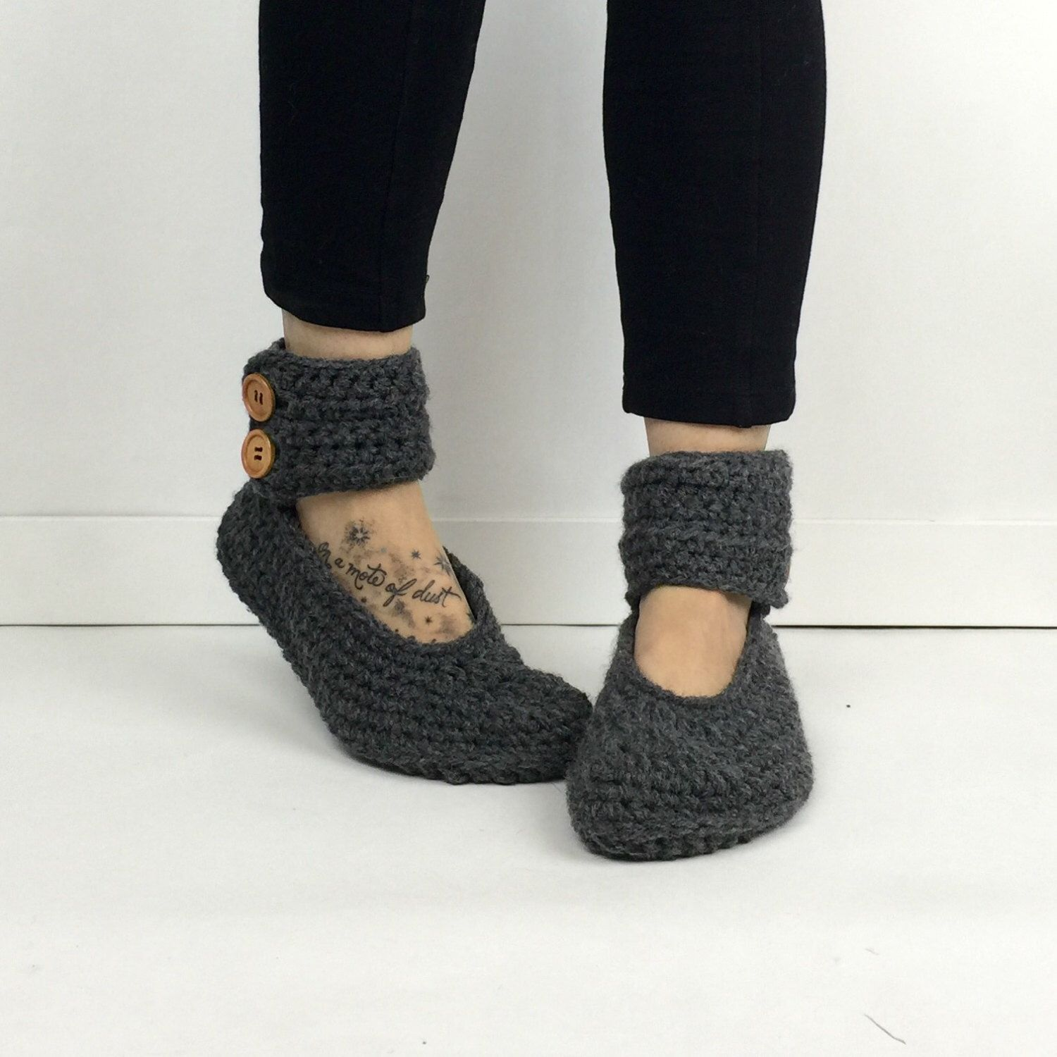Womens crochet dark gray ankle strap slipper boots crochet womens crochet dark gray ankle strap slipper boots crochet slippers knitted booties house bankloansurffo Image collections