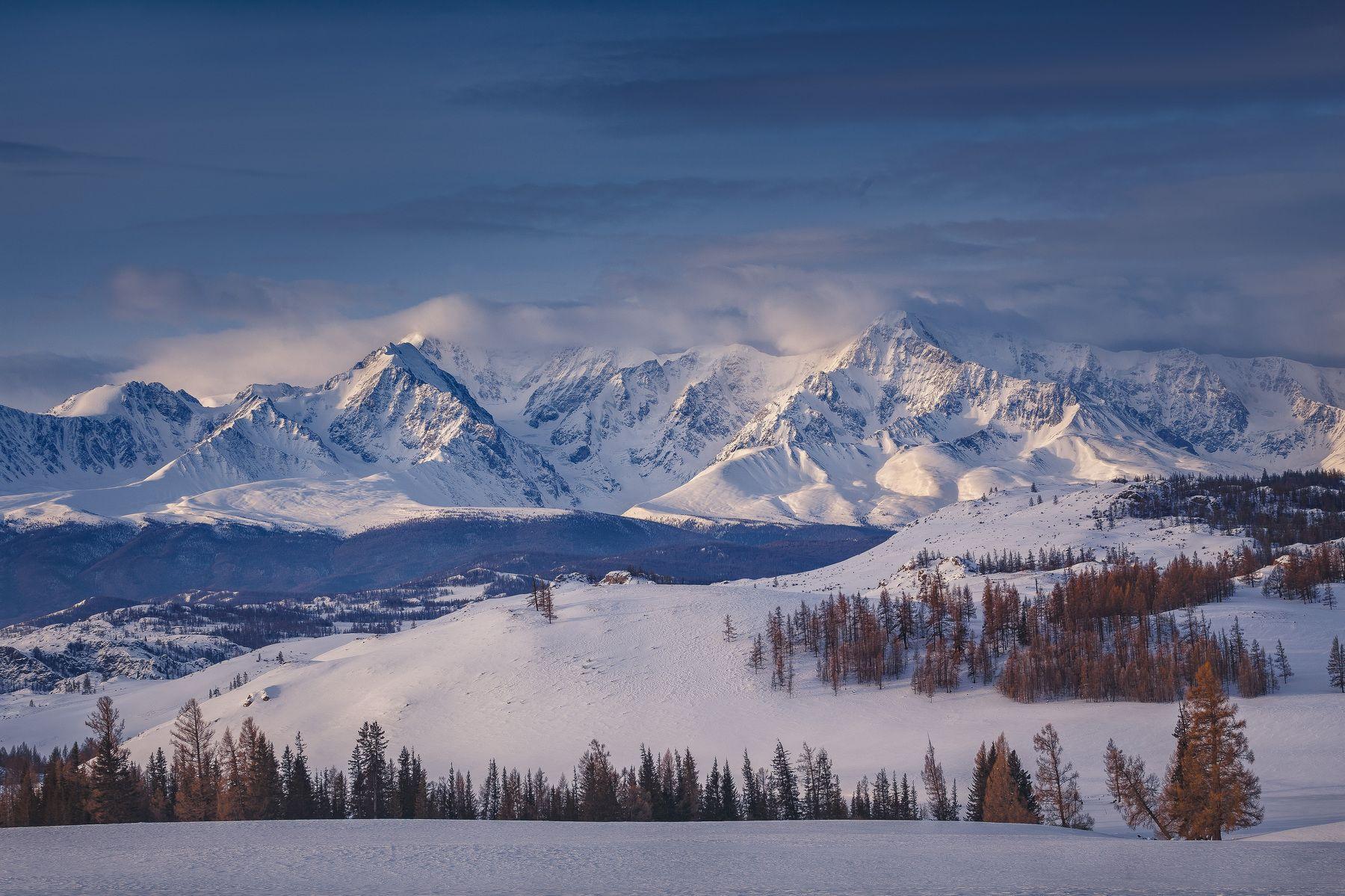 картинка снежные горы россии родители получили похоронку