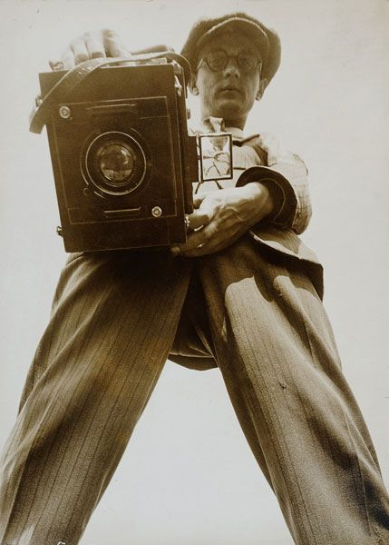 Arno Boettcher photographed by Willy Ruge, 1927