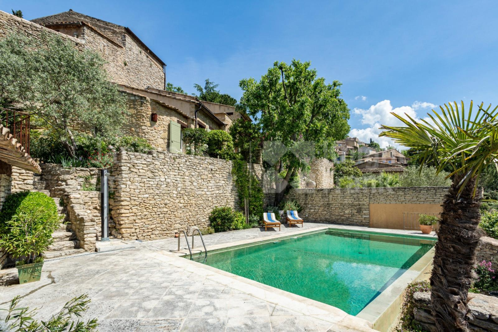 Village House With Swimming Pool And Panoramic View For Sale In Bonnieux Janssens Immobilier Provence Village Houses Swimming Pools Panoramic Views