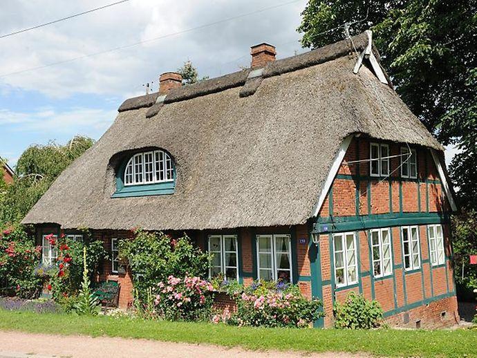 Der Grune Sudosten Hamburgs Reetdachhaus Altes Land Haus