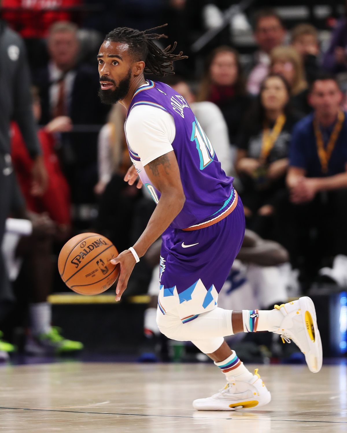 How Mike Conley S Likely Return From Injury Should Help The Mike Conley Conley Nfl Football 49ers