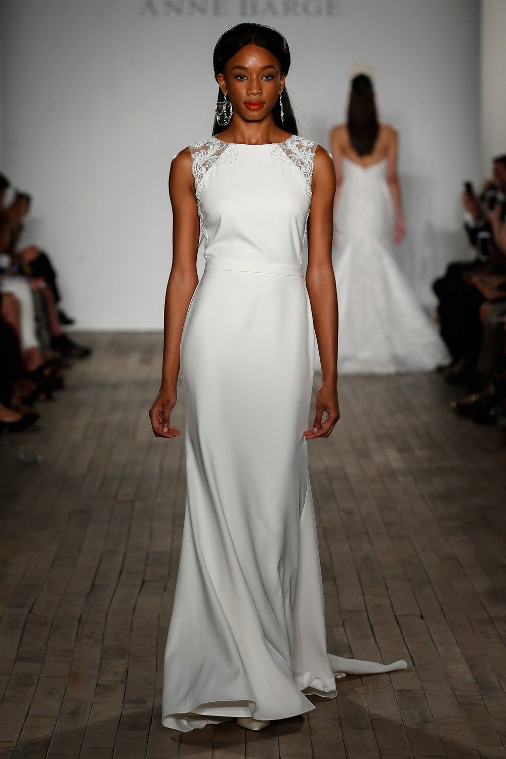 Best wedding dress boutiques in london  The Top Bridal Trends for   Brides Grooms Weddings