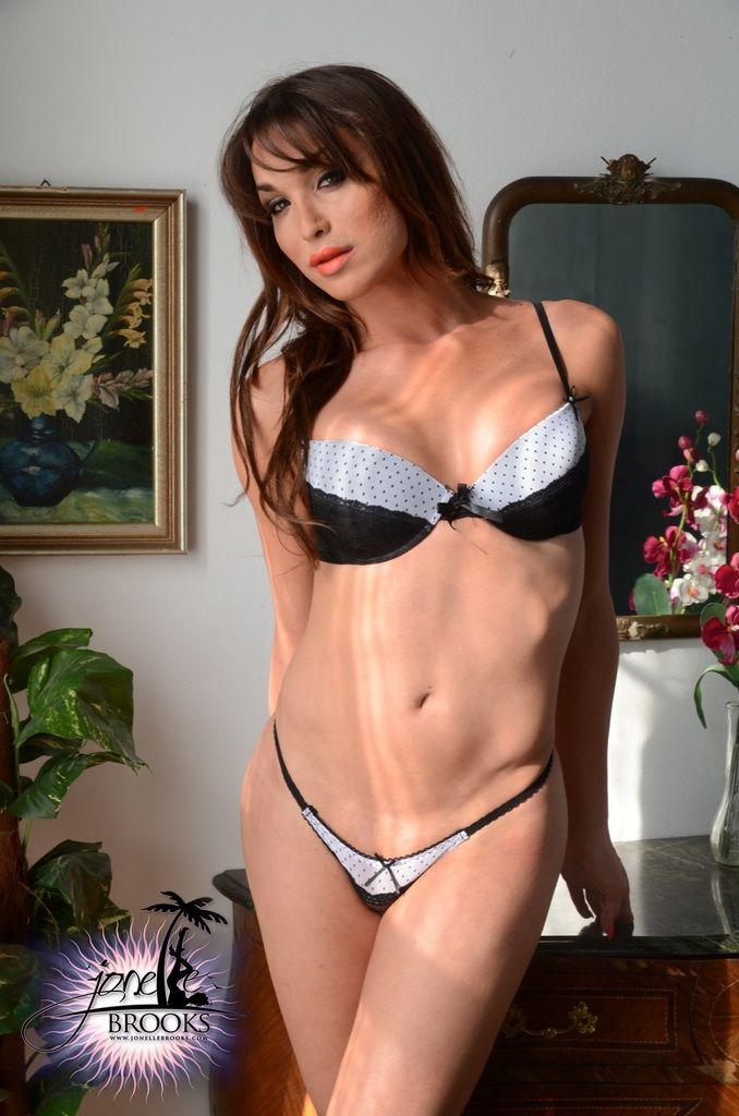 Pretty Girl Sexy Lingerie  mixiplaycom