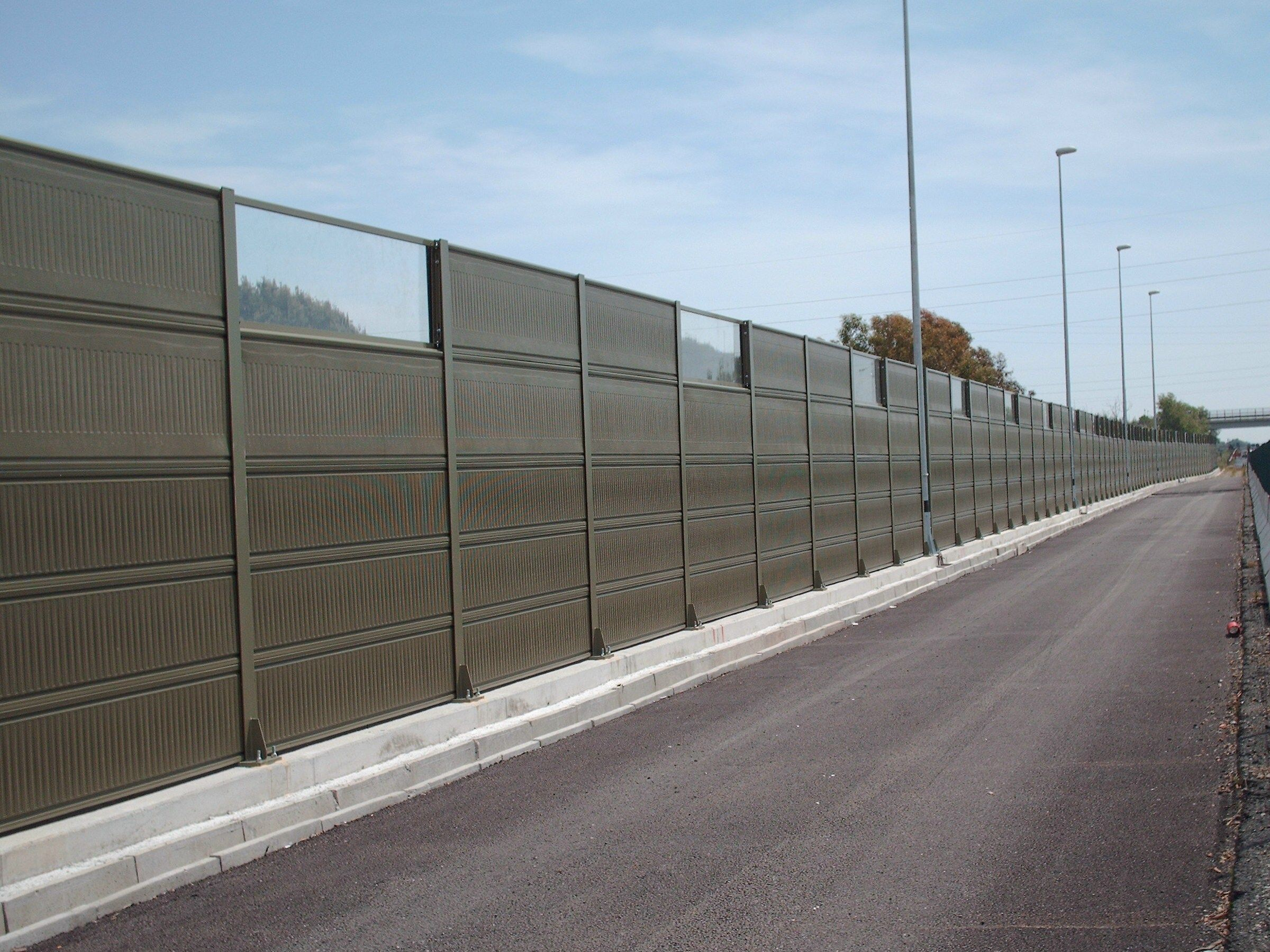 Metallic Noise Barrier Manufacturer And Supplier Http Www Zakacoustics Com Metallic Noise Barrier Noise Barrier Sound Proofing Noise