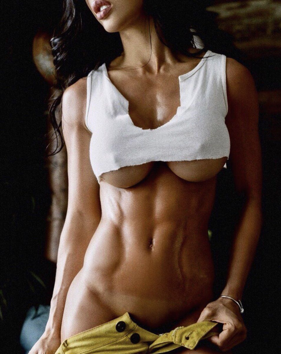 bodybuilders female Sexy lesbians black