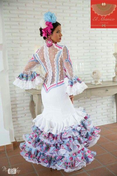 61c7a6ce5 El Abanico | Falling for Flamenco | Trajes de flamenco, Moda ...