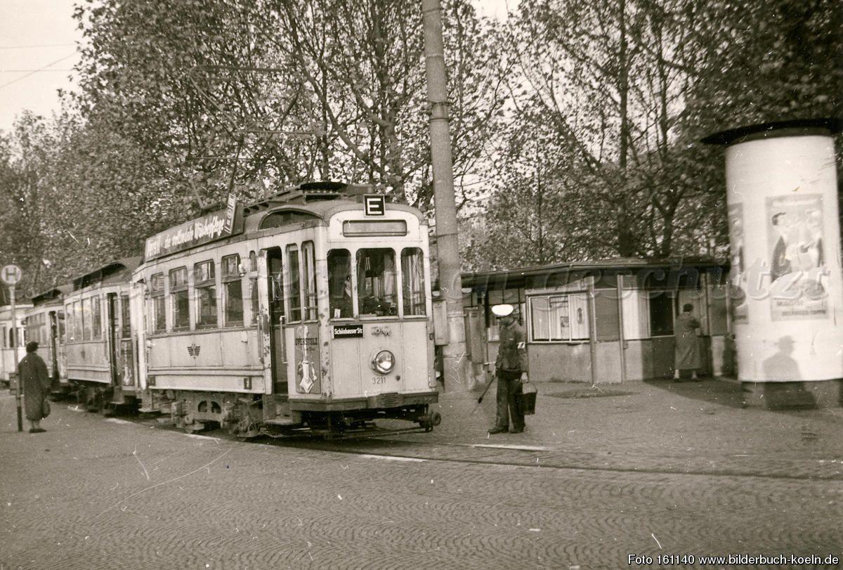 Straßenbahnparamafotos