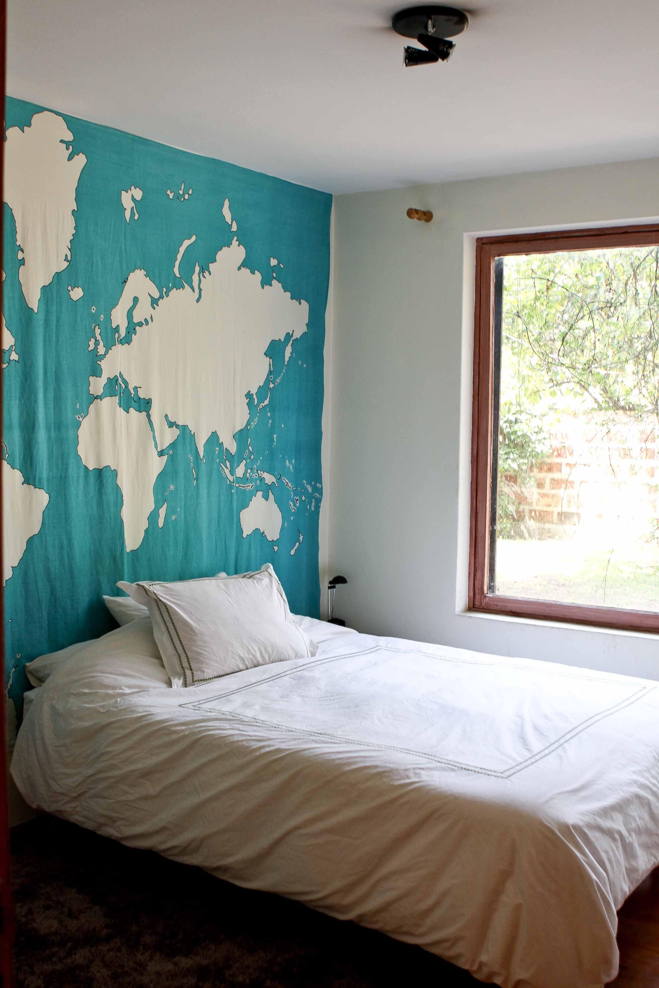 Do it yourself diy headboards dorm and college apartment ideas five diy headboard solutioingenieria Image collections