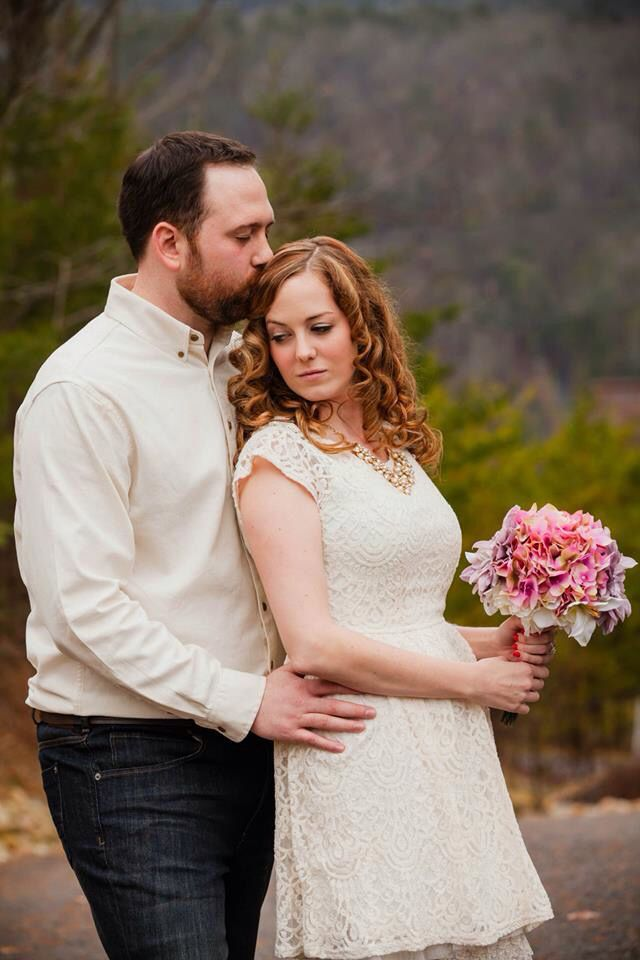Intimate wedding | smoky mountains | east tn | cabin ceremony