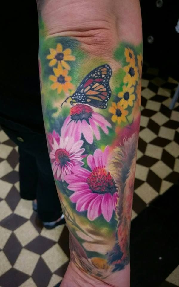 Woodland Realistic Color Tattoo Of A Buterfly On A Pink Daisy By Nino Dinchev Palitra Tattoo Sf Bg Tattoos Forest Tattoos Color Tattoo