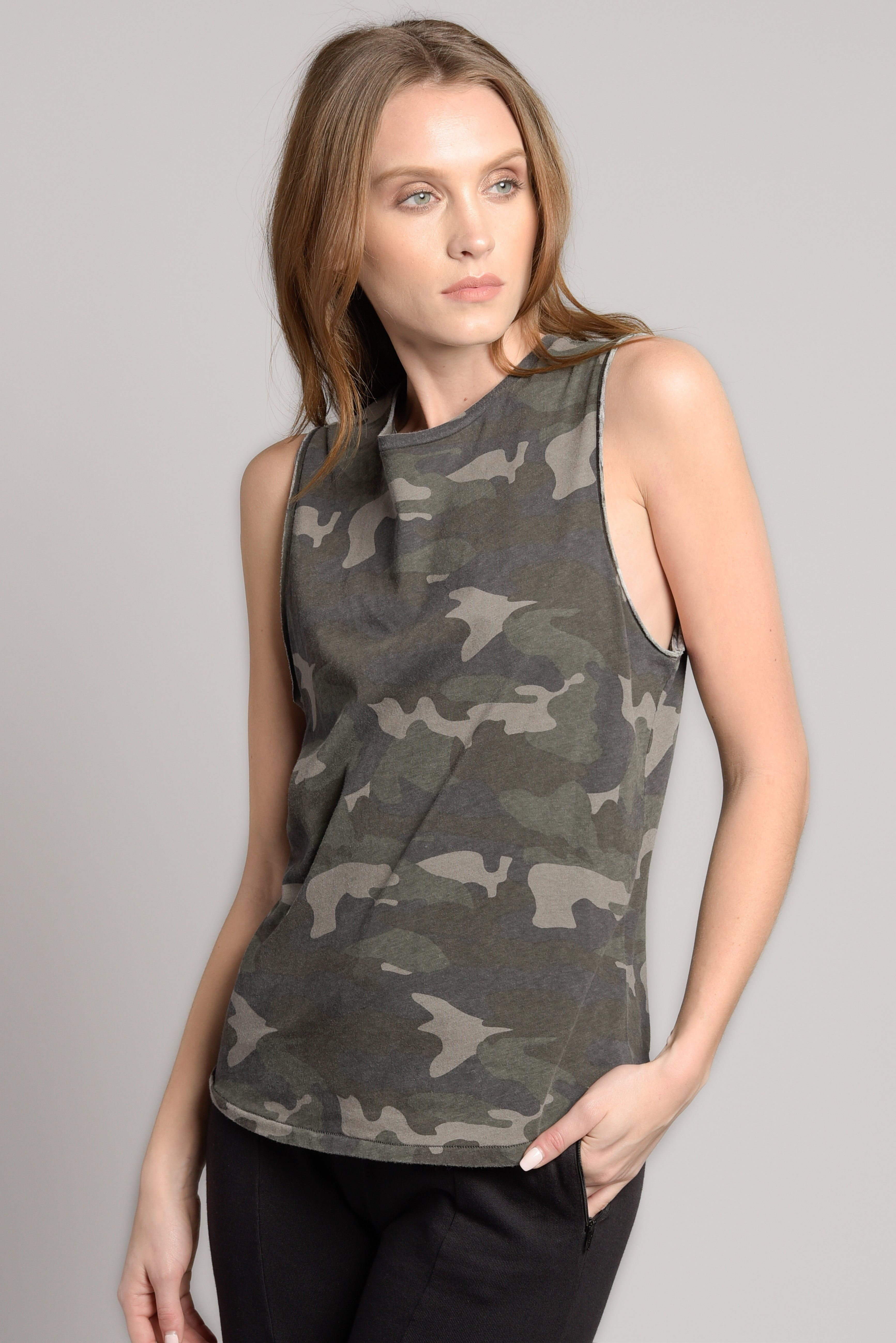 e479cc340d177 Pin by Ragdoll LA on SPRING / SUMMER '18 | Army camo, Athletic tank ...