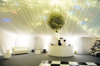 Gallery Oakleaf Marquees Bar Amp Chill Out Area Chalet