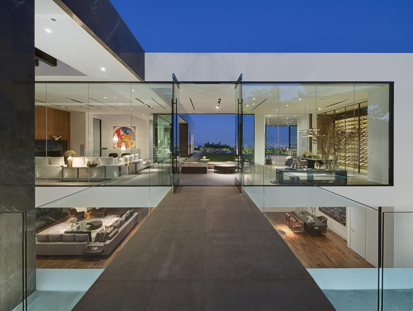 1442 tanager way los angeles california | hilton hyland | cool