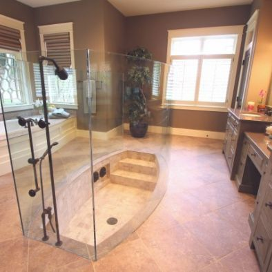 Interesting bath and shower combo. Sunken bathtub with steps. You ...
