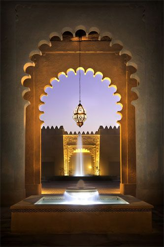 Love the details of this Moroccan doorway. Gorgeous!