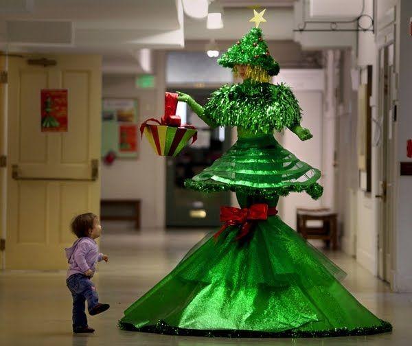 Homemade Funny Christmas Tree Hd Unusual Christmas Trees Christmas Tree Dress Christmas Tree Costume