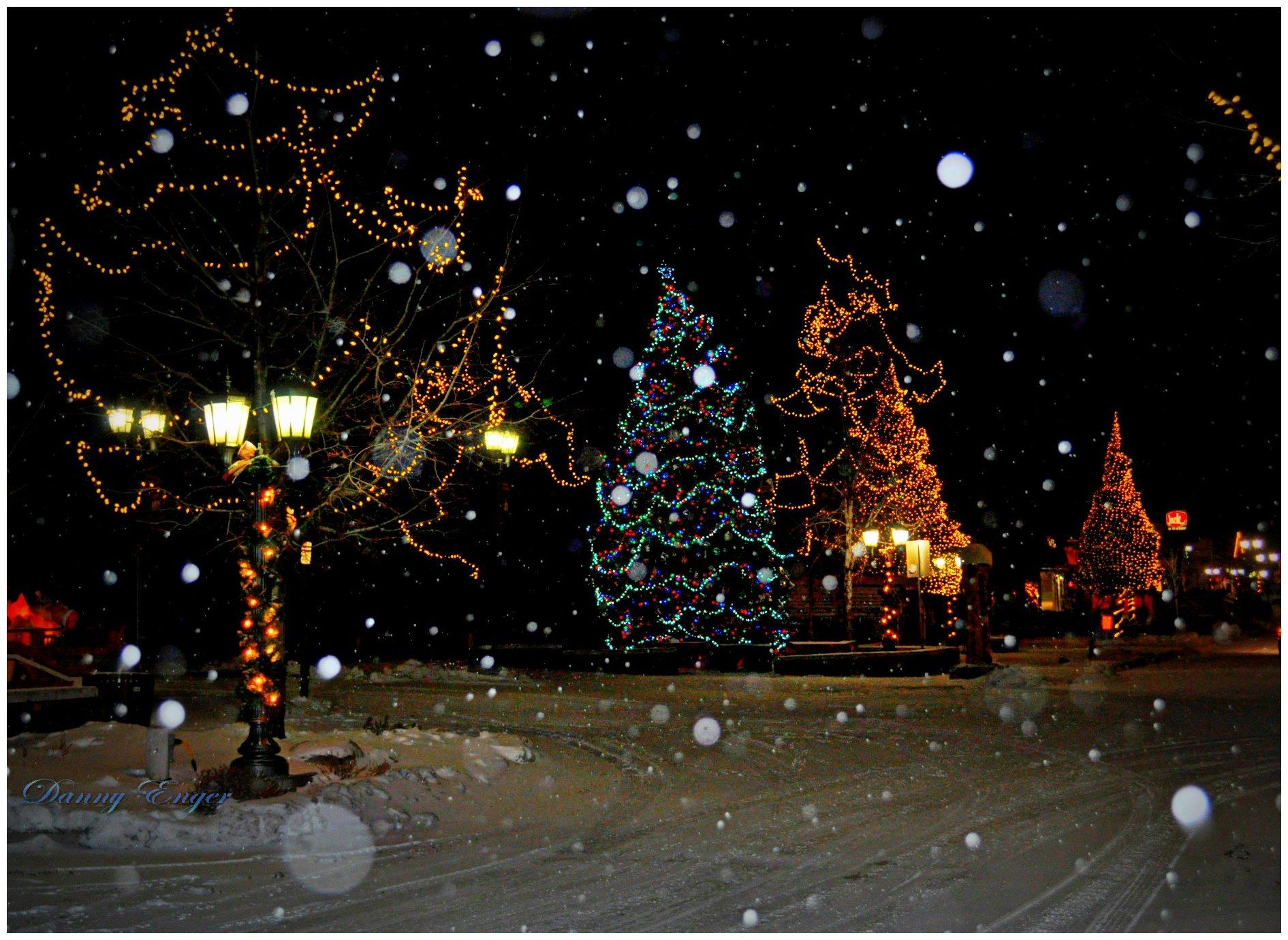 Big Bear Village Christmas.Big Bear Lake Ca Christmas Time In The Village Village
