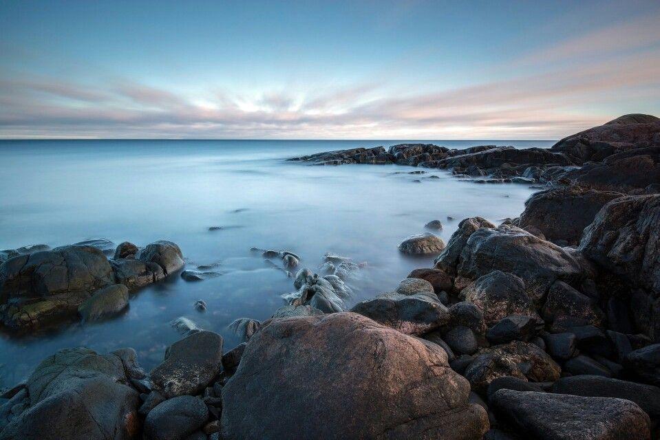 Hit rocky sea.
