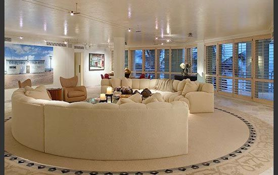 A Designer's World: Interior Design 101 - Balance | Round ...