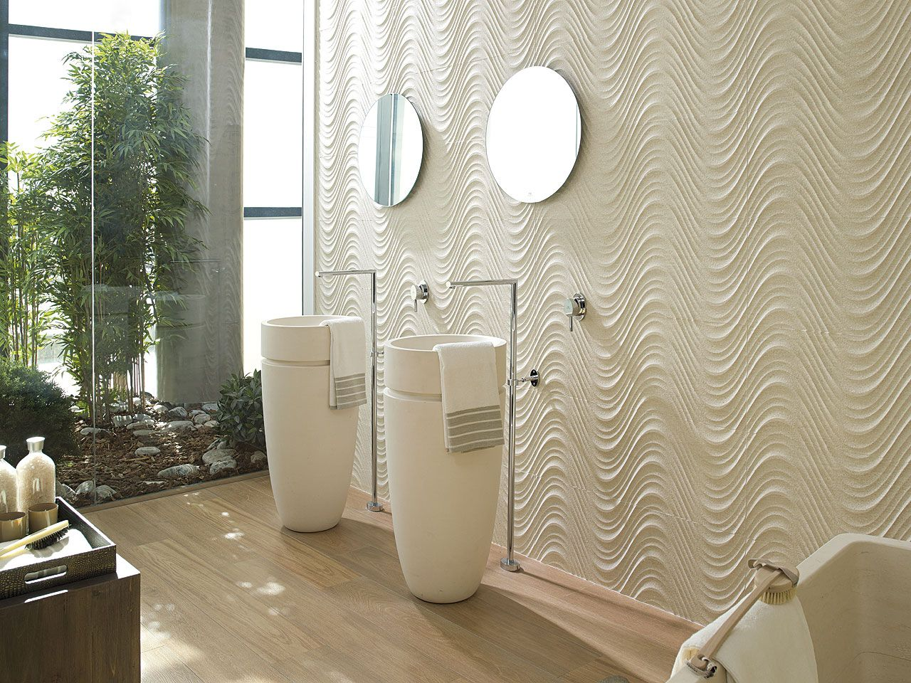 Porcelanosa 39 s beautiful wave ceramic tiles wall tiles for Marfil ceramica madrid