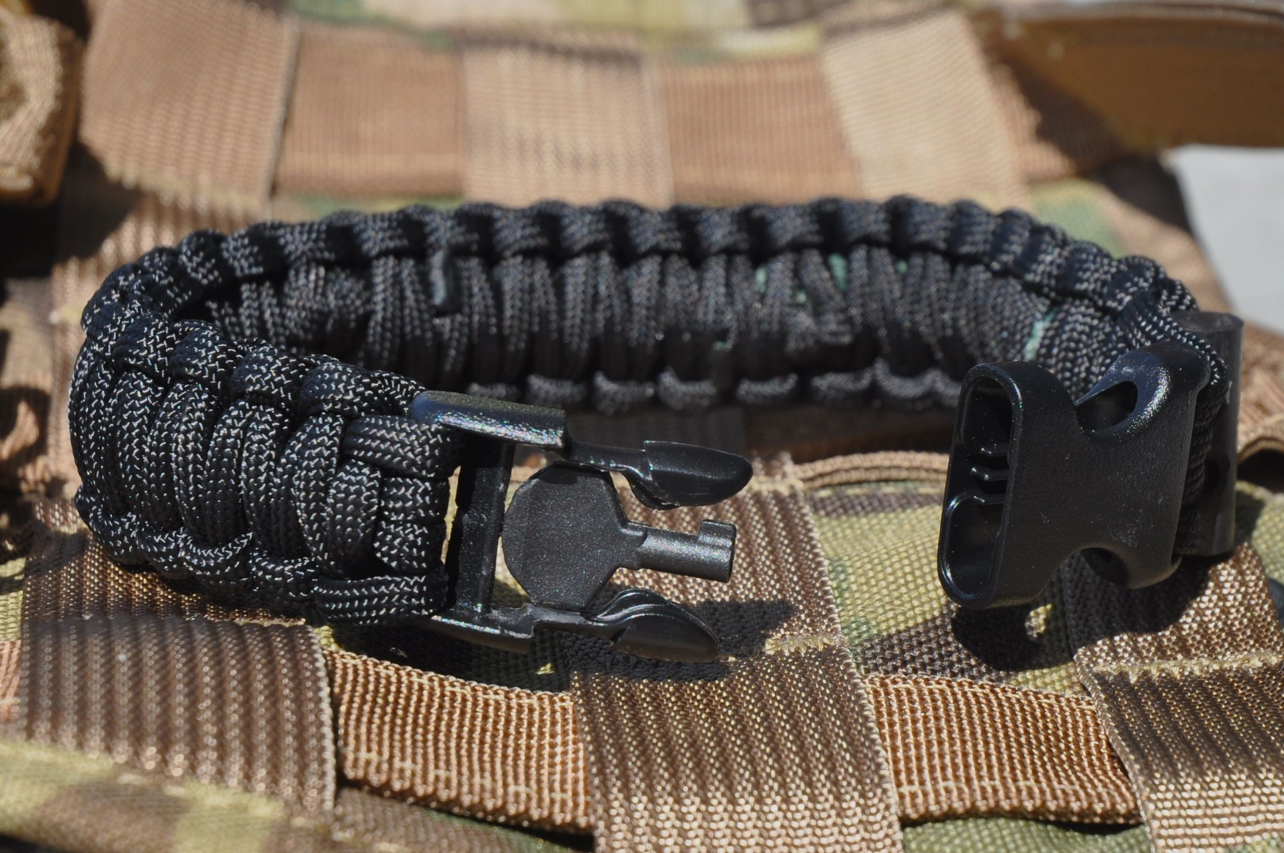 It has a handcuff key and the paracord and be can be used to ...
