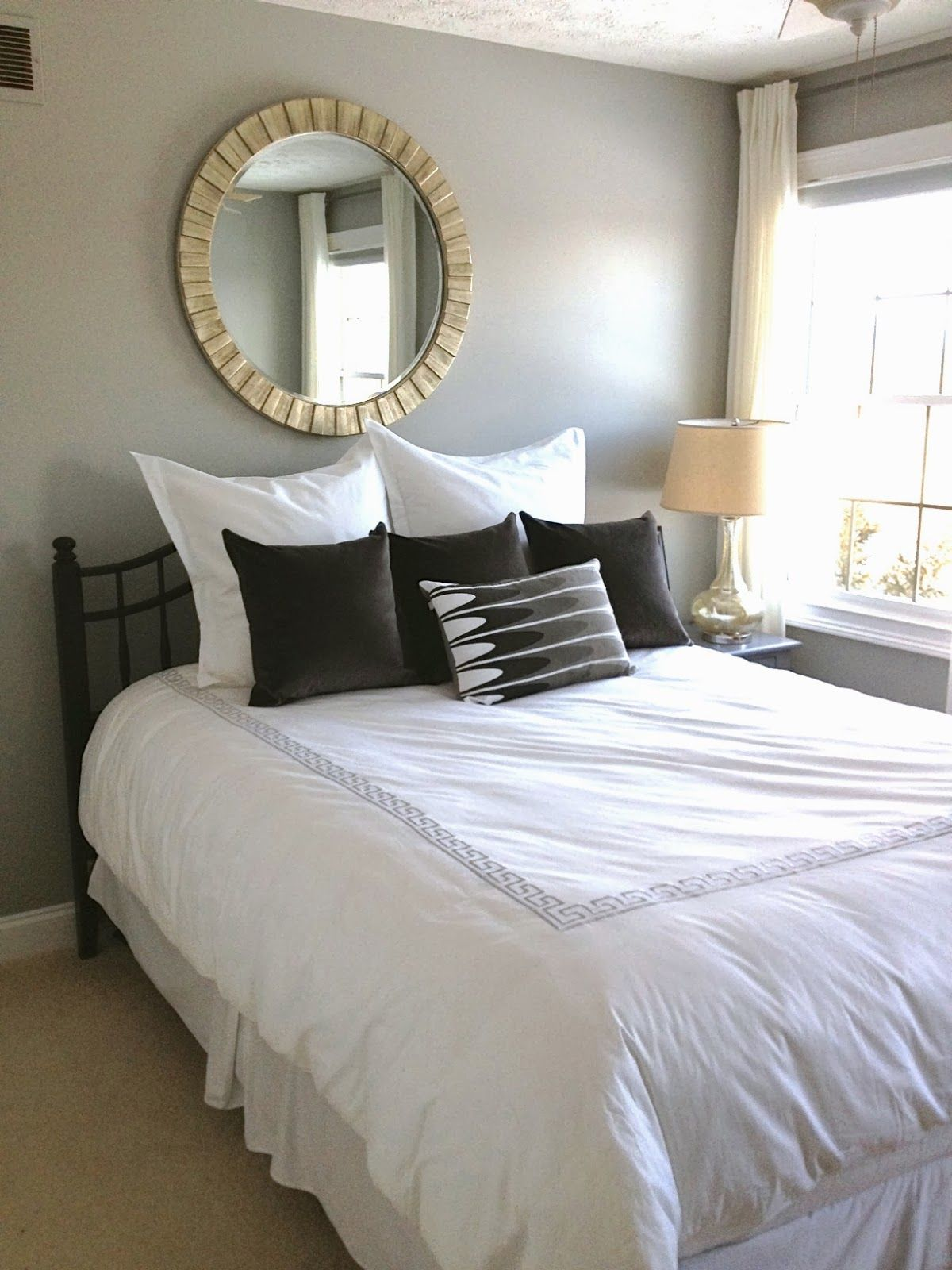 Choosing the paint colour for any direction room angela bunt - The Wall Color Is Bm Coventry Gray Our Guest Room Faces West And Get A