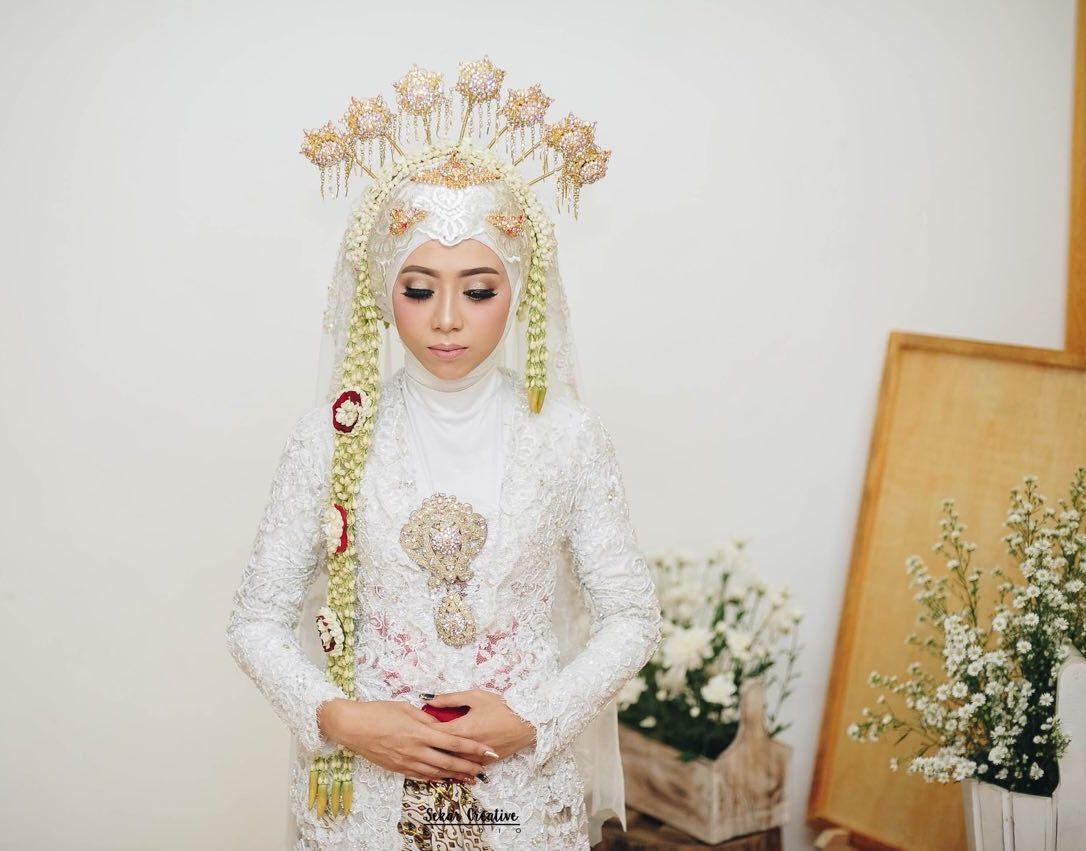 Javanese pride  Gaun perkawinan, Pengantin wanita, Pengantin