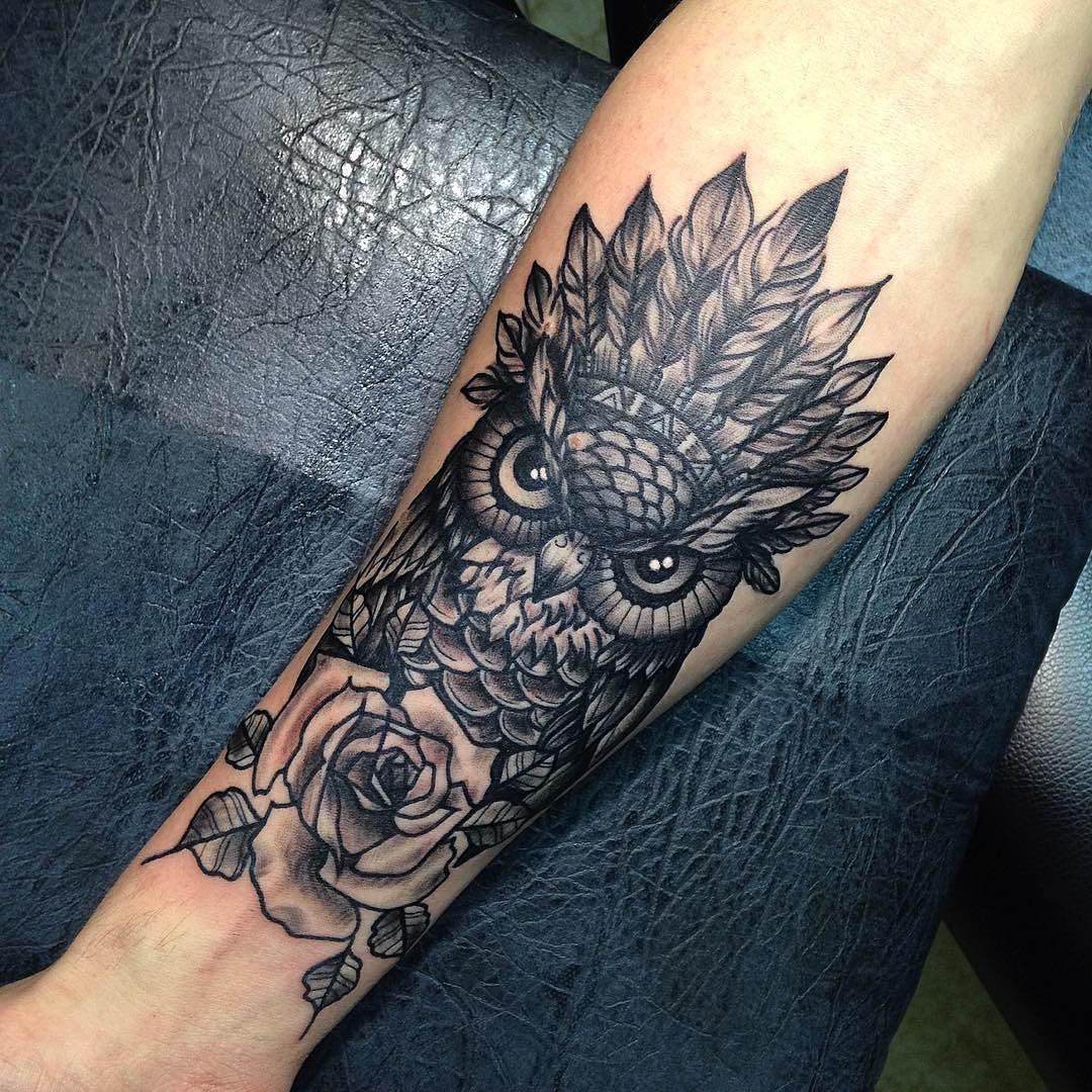 Owl and rose tattoo tattoos piercings i love pinterest tatouages id e tatouage et pas - Tatouage hibou homme ...