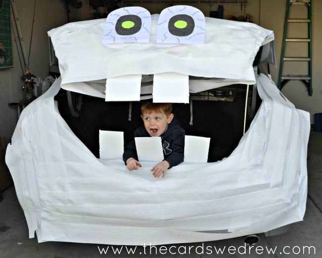 Trunk-or-Treat-Mummy-with-Cottonelle-Triple-Roll-Toilet-Paper-jpg - halloween decorations for your car